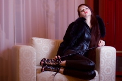 mistress-petrana-sofa-2